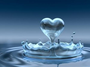 water_heart_blue_gold